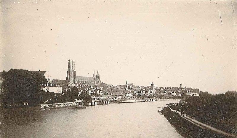 Münster und Turm im Jahr 1888